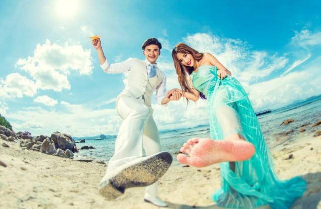【西藏婚纱摄影】海边婚纱照服装要注意哪些方面