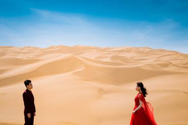 沙漠&库姆塔格&新疆婚纱照&乌鲁木齐婚纱摄影