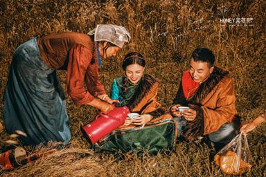 拉萨婚纱摄影,西藏婚纱摄影,拉萨婚纱照,西藏婚纱照,西藏旅拍